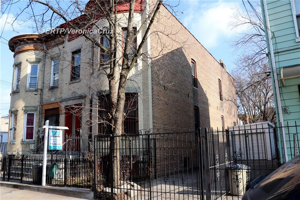 261 Barbey Street East New York Brooklyn NY 11207