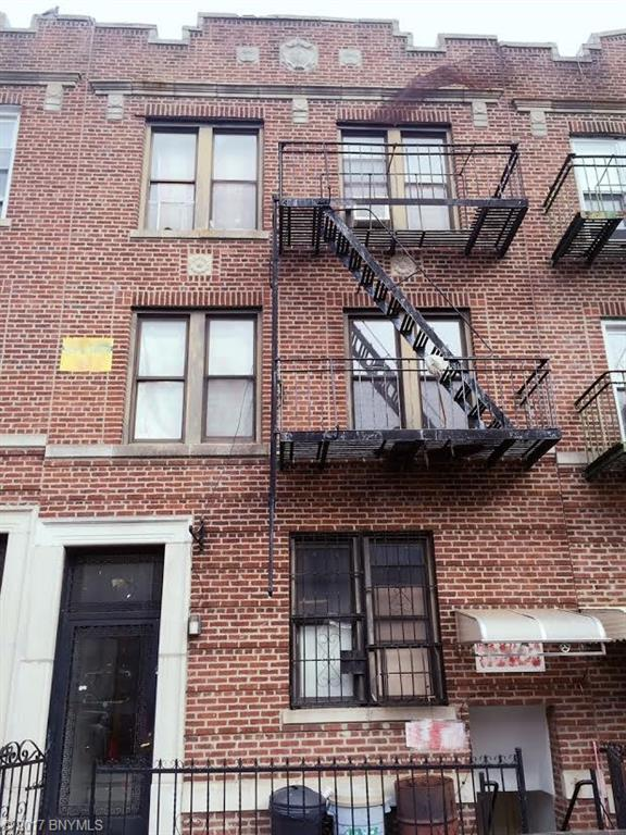 727 59 Street Sunset Park Brooklyn NY 11220