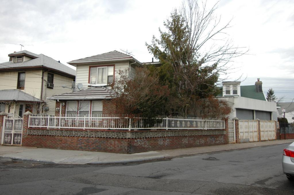 1029 OceanView Avenue Brighton Beach Brooklyn NY 11235