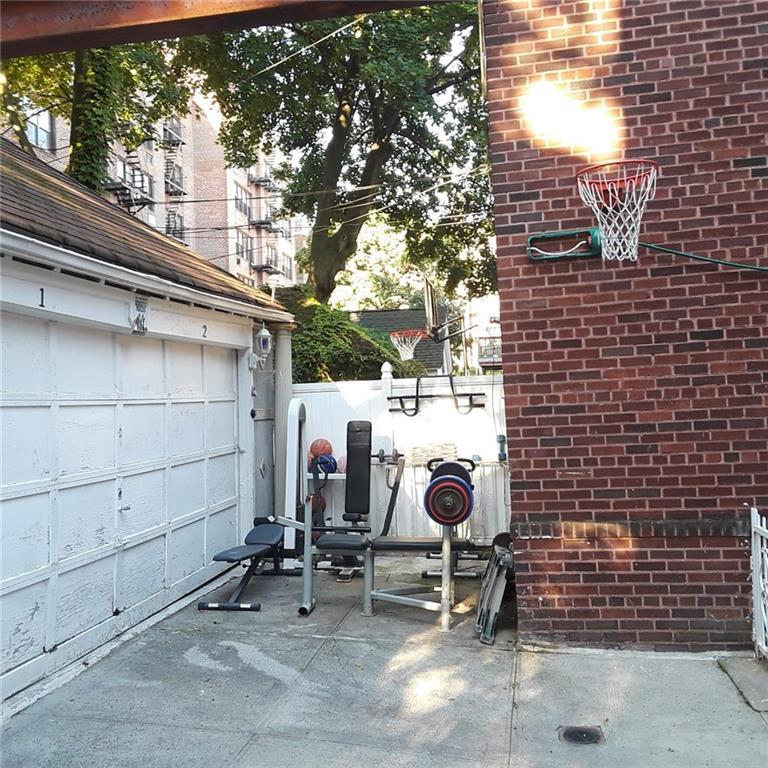 142 95 Street Bay Ridge Brooklyn NY 11209