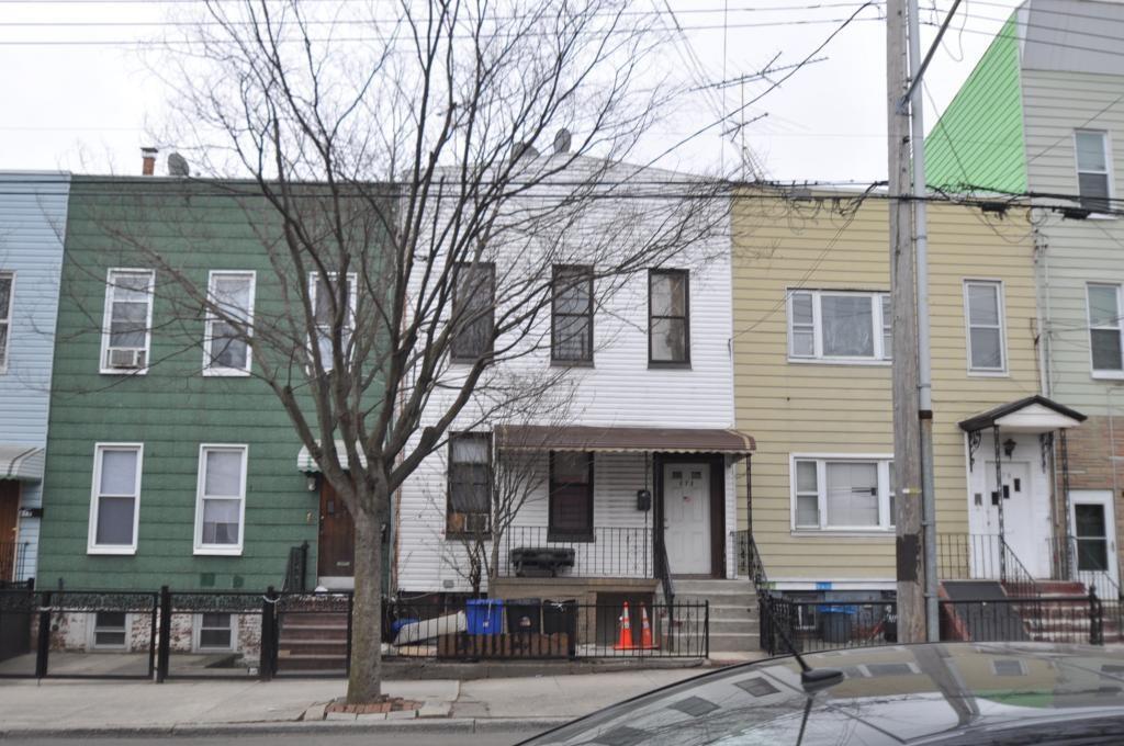 272 Etna Street East New York Brooklyn NY 11208