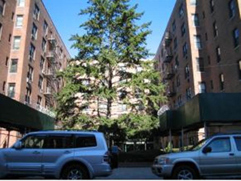 1213 Avenue Z Sheepshead Bay Brooklyn NY 11235