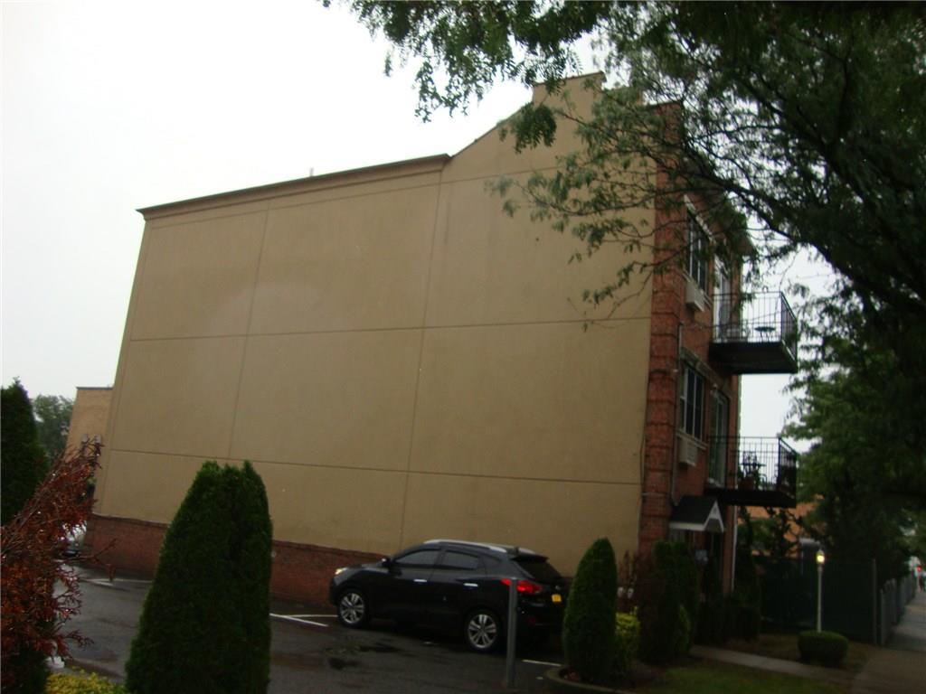 713 East 86 Street Canarsie Brooklyn NY 11236