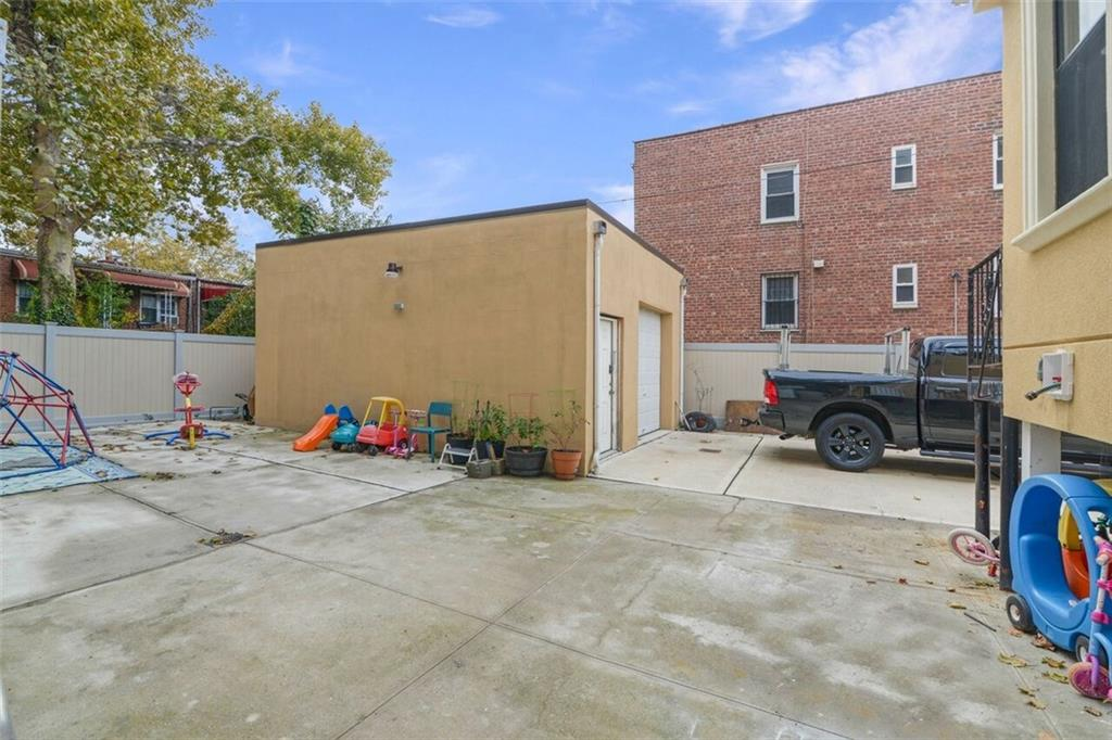 1255 East 52 Street Flatlands Brooklyn NY 11234