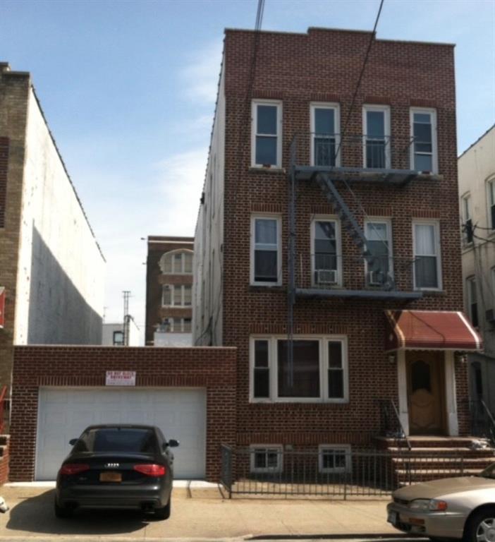 1217 70 Street Dyker Heights Brooklyn NY 11228