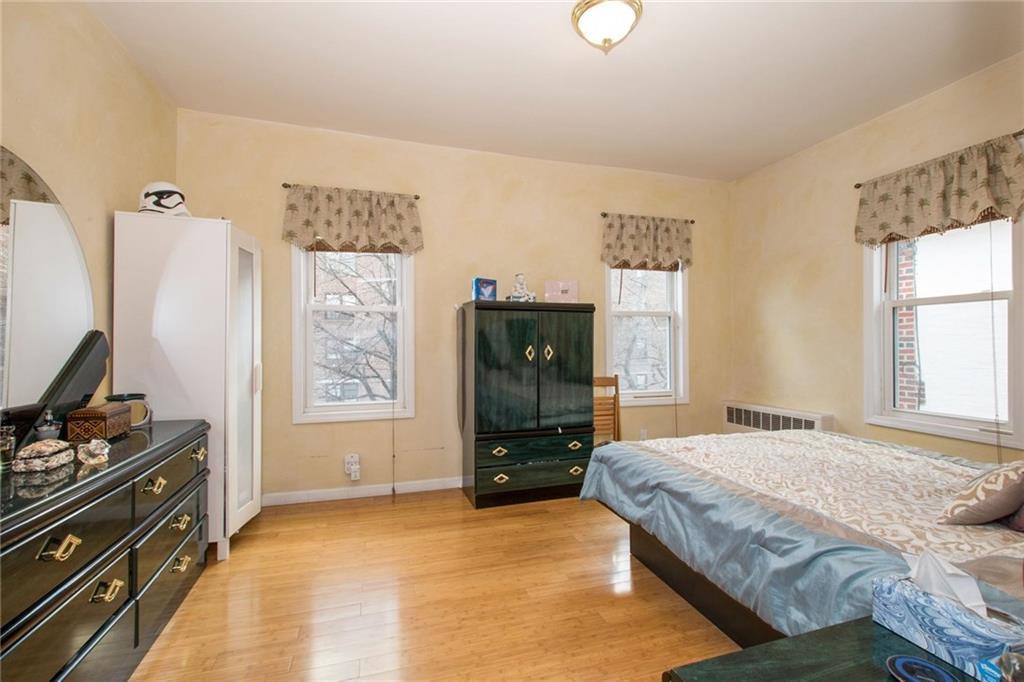 33 89 Street Bay Ridge Brooklyn NY 11209