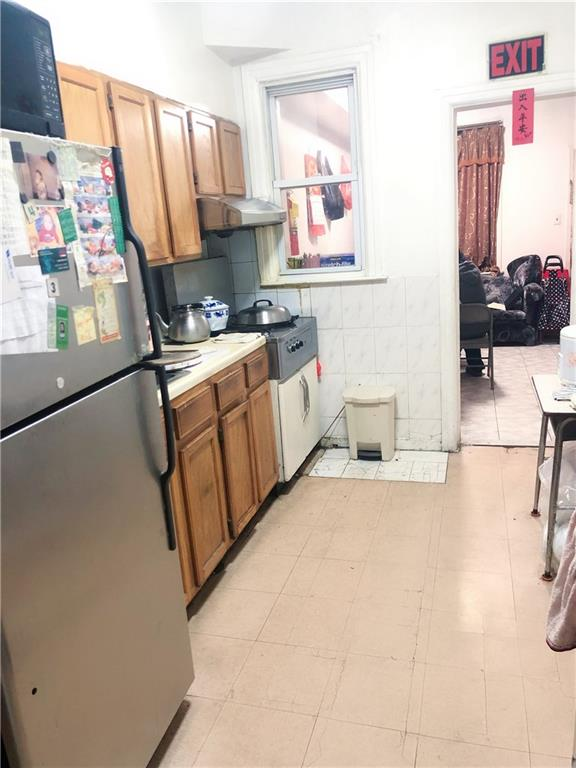 2058 65 Street Bensonhurst Brooklyn NY 11204