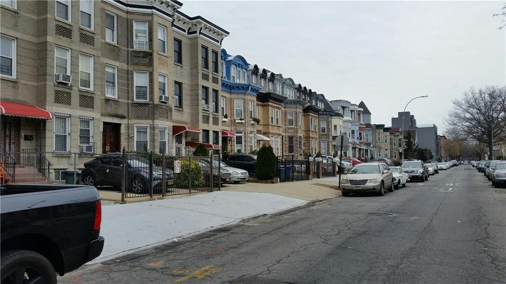 376 Hawthorne Street  Brooklyn NY 11225