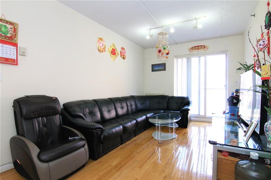 970 41 Street  Brooklyn NY 11219