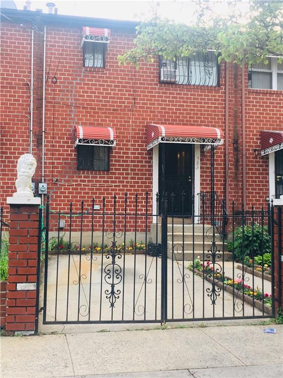 584 Hendrix Street East New York Brooklyn NY 11207