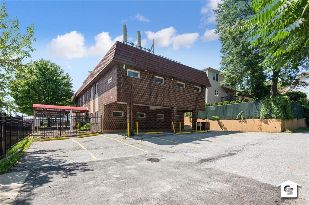 1055 Hylan Boulevard Grasmere Staten  Island NY 10305