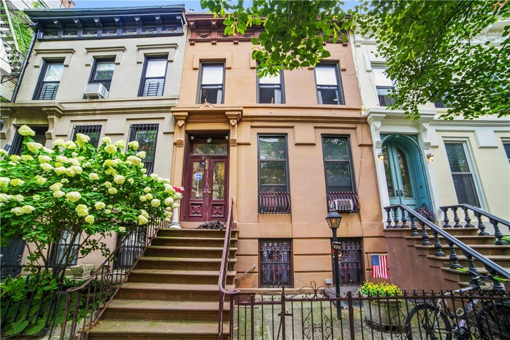 686 Carroll Street Park Slope Brooklyn NY 11215