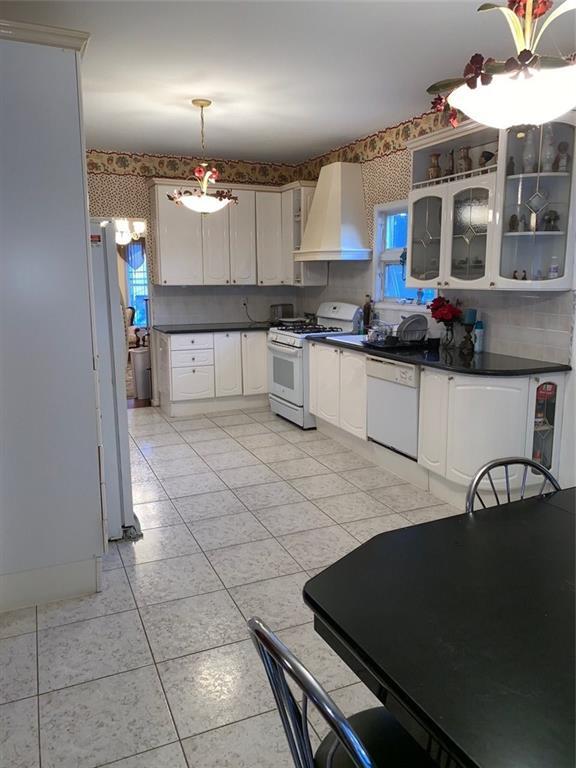 5787 Hylan Boulevard Staten Island NY 10309