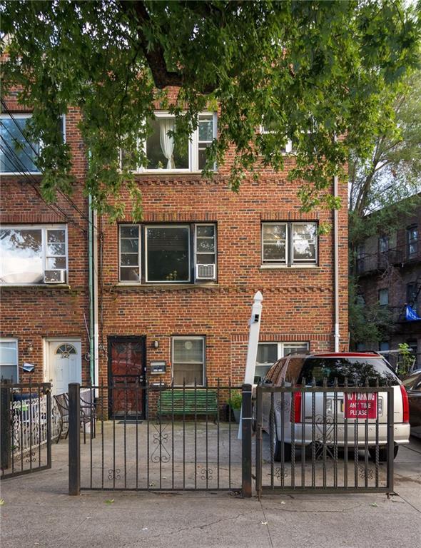 149 Tehama Street Brooklyn NY 11218