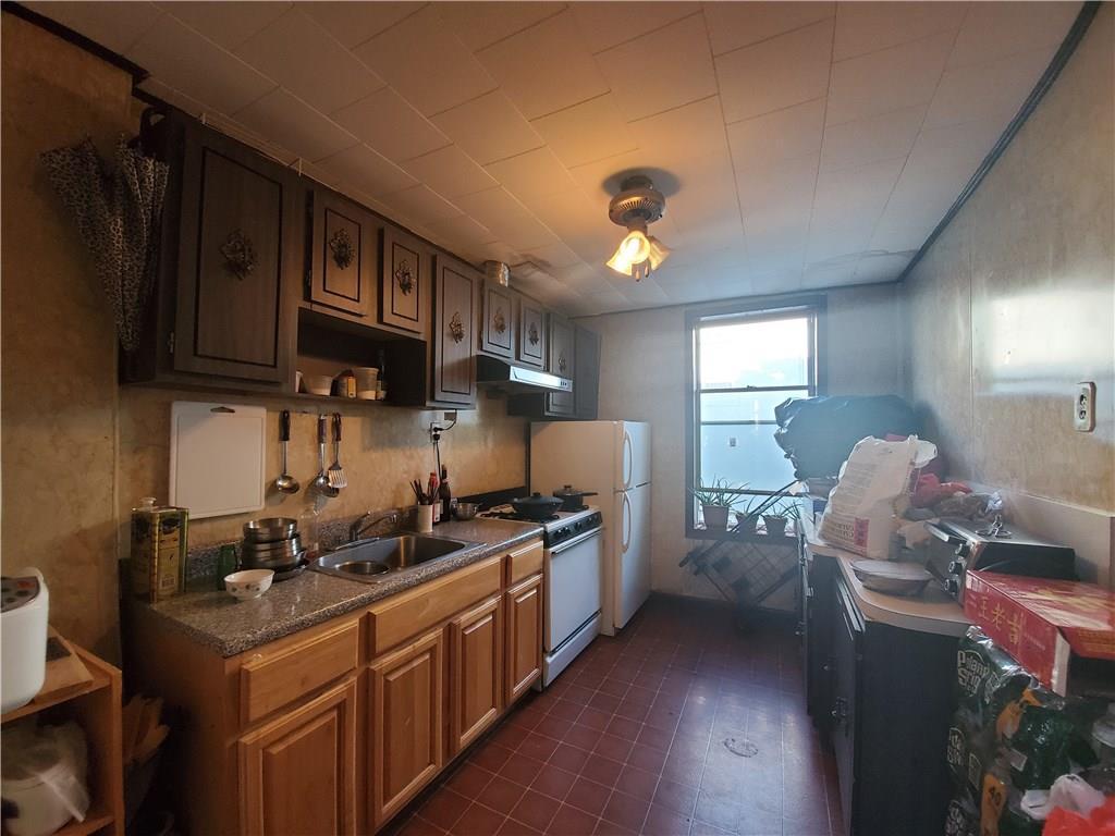 1035 East 92 Street Canarsie Brooklyn NY 11236
