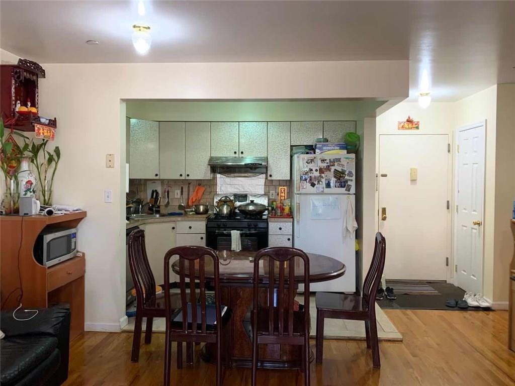 2231 64 Street 2B Bensonhurst Brooklyn NY 11204