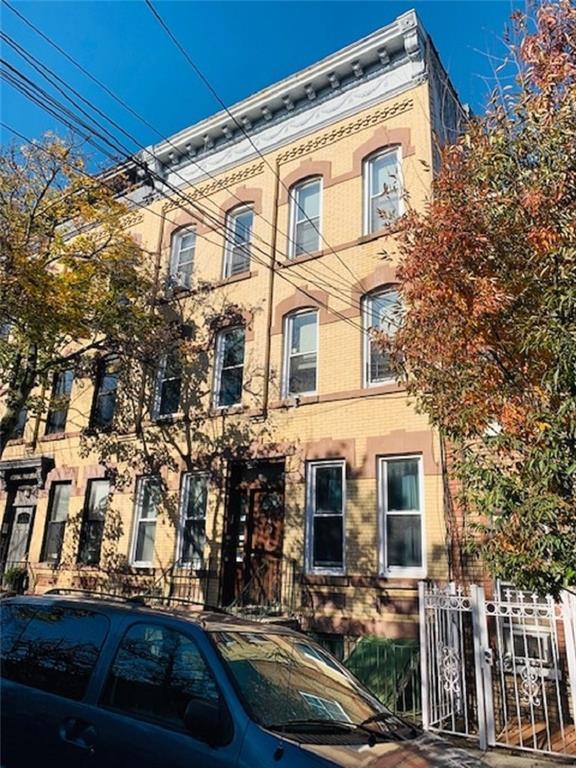 1867 Linden Street Ridgewood Ridgewood NY 11385