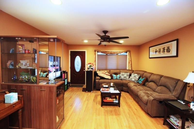 34 Pearsall Street Arrochar Staten Island NY 10305
