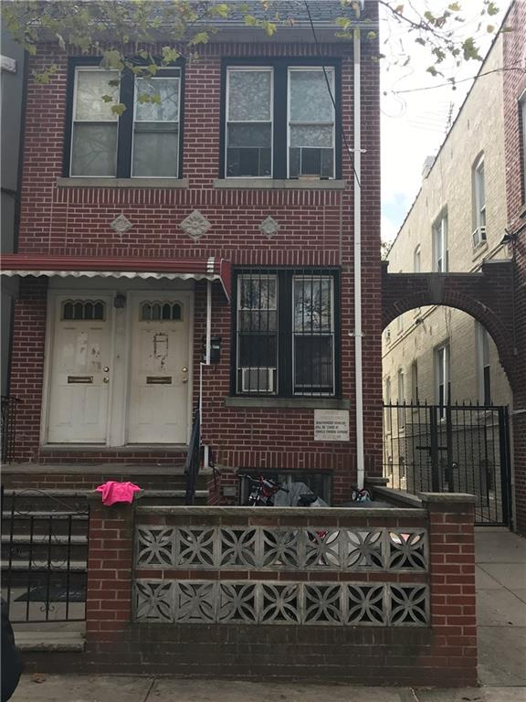 816 52 Street Sunset Park Brooklyn NY 11220