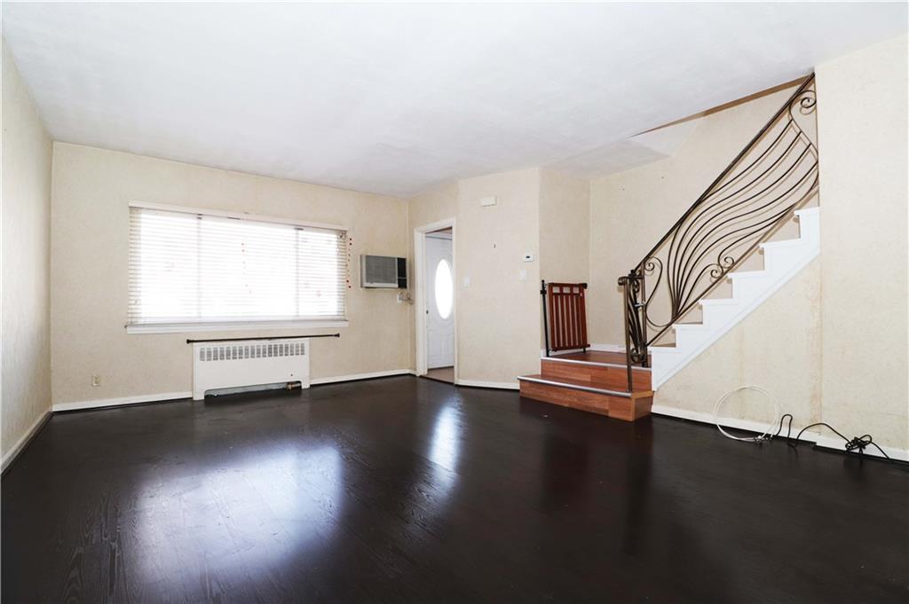 89 Bay 40 Street Bensonhurst Brooklyn NY 11214