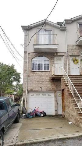 16 Jake Court Grymes Hill Staten Island NY 10304