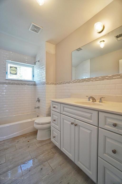 409 Adelaide Avenue Oakwood Staten Island NY 10306