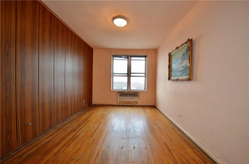 2514 East 7 Street Sheepshead Bay Brooklyn NY 11235