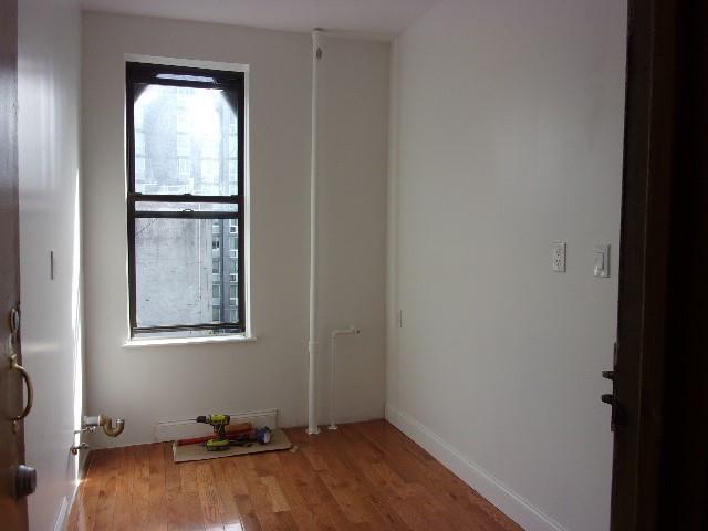 327 East 3 Street New York NY 10009