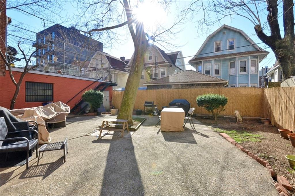 616 East 18 Street Ditmas Park Brooklyn NY 11226