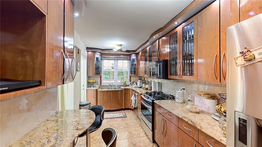 2555 East 29 Street Sheepshead Bay Brooklyn NY 11235
