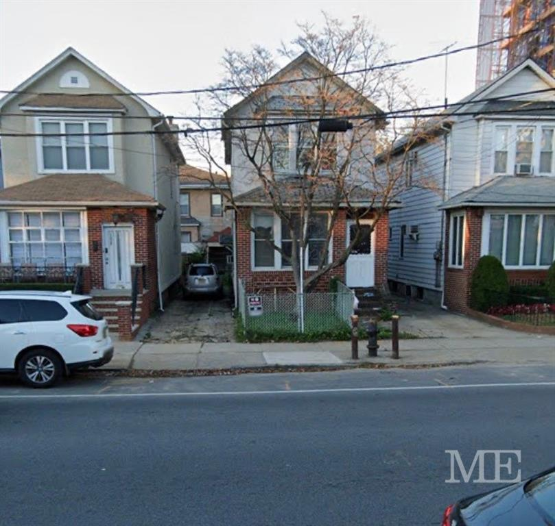 1007 Avenue P Midwood Brooklyn NY 11223