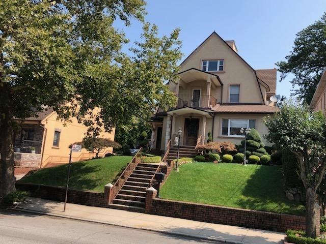 1043 84 Street Dyker Heights Brooklyn NY 11228
