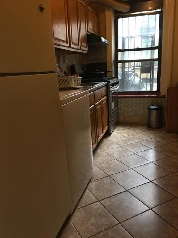 1402 West 4 Street Bensonhurst Brooklyn NY 11204
