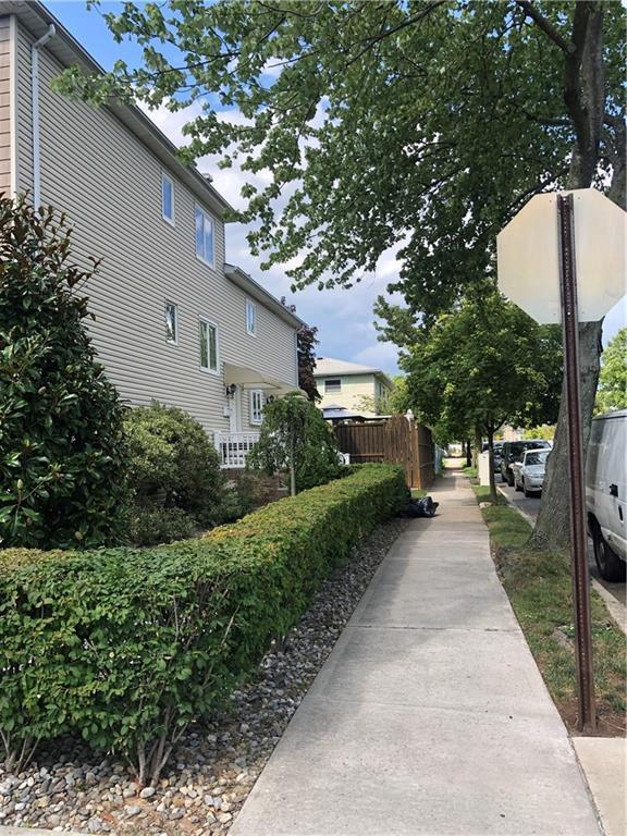 385 Montreal Avenue Oakwood Staten Island NY 10306