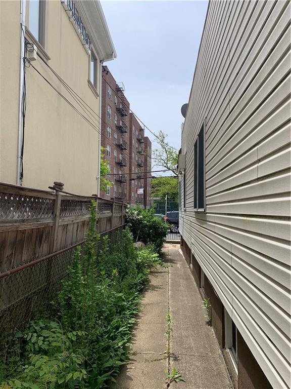 1223 Avenue Y Sheepshead Bay Brooklyn NY 11235
