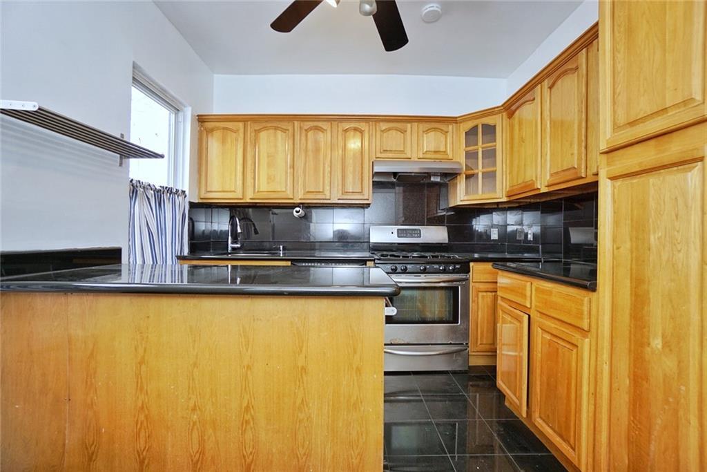 937 Van Duzer Street Concord Staten Island NY 10304