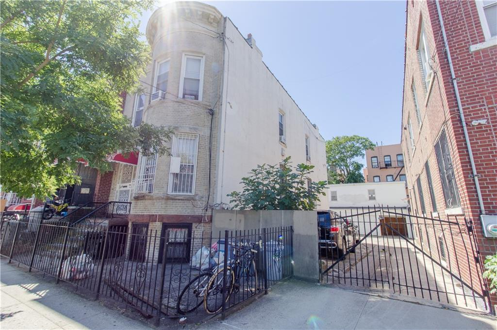 824-828 51 Street Sunset Park Brooklyn NY 11220