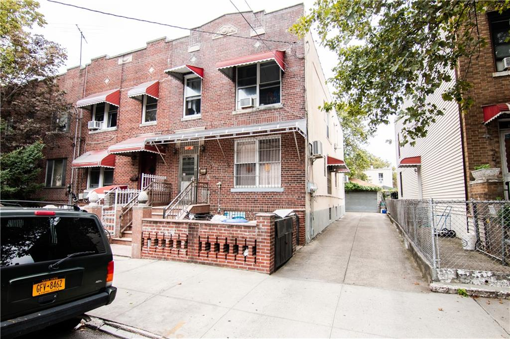 1047 66 Street Dyker Heights Brooklyn NY 11219