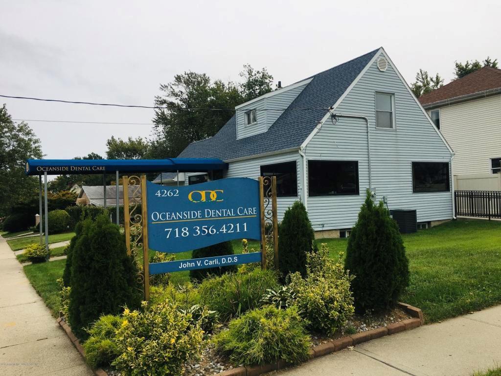 4262 Richmond Avenue Eltingville Staten Island NY 10312