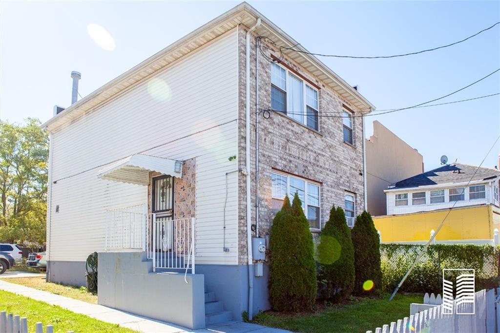 26-09 Seagirt Avenue Far Rockaway Far Rockaway NY 11691