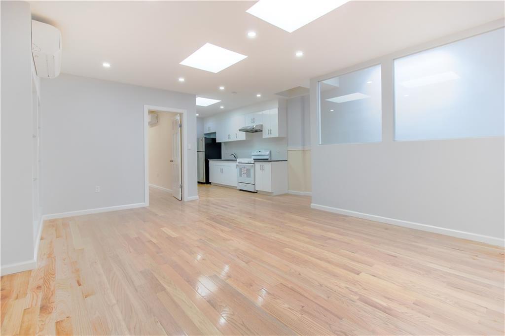8403 7 Avenue Dyker Heights Brooklyn NY 11228