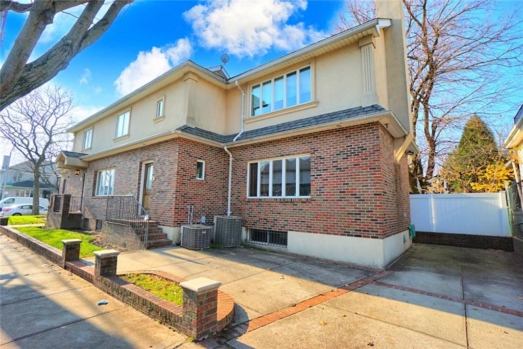 223 Avenue J Midwood Brooklyn NY 11230