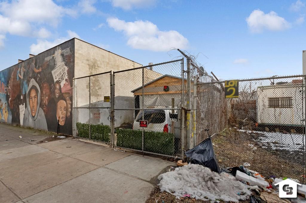 876 Livonia Avenue East New York Brooklyn NY 11207